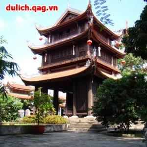 Tour du lịch Hà Nội – Đền Tiên La – Chùa Keo 1 ngày